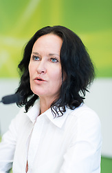 """15.05.2017, Grüner Parlamentsklub, Wien, AUT, Grüne, Pressekonferenz zu den Themen """"Plenarvorschau und Aktuelles. im Bild Grüne Klubobfrau Eva Glawischnig // Leader of the parliamentary group the greens Eva Glawischnig during press conference of the parliamentary group the greens in Vienna, Austria on 2017/05/15. EXPA Pictures © 2017, PhotoCredit: EXPA/ Michael Gruber"""