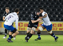 Ospreys' Sam Cross under pressure from Bath Rugby's Levi Douglas<br /> <br /> Photographer Simon King/Replay Images<br /> <br /> Anglo-Welsh Cup Round 4 - Ospreys v Bath Rugby - Friday 2nd February 2018 - Liberty Stadium - Swansea<br /> <br /> World Copyright © Replay Images . All rights reserved. info@replayimages.co.uk - http://replayimages.co.uk