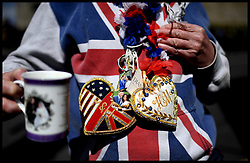 May 4, 2019 - Windsor, Windsor, United Kingdom - Royal Baby Fans. Royal fan John Loughrey from South London, waits by Windsor Castle for the announcement  of the birth of the Duke and Duchess of Sussex new baby. (Credit Image: © Andrew Parsons/i-Images via ZUMA Press)