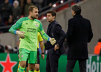Football - 2017 / 2018 UEFA Champions League - Group B: Tottenham Hotspur vs. PSV Eindhoven<br /> <br /> Jeroen Zoet (PSV Eindhoven) receives treatment for a cut to the head at Wembley Stadium.<br /> <br /> COLORSPORT/DANIEL BEARHAM