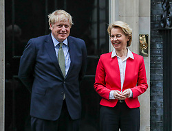 © Licensed to London News Pictures. 08/01/2020. London, UK. Prime Minister Boris Johnson welcomes the President of the European Commission, Ursula von der Leyen, on the steps of NO10 Downing Street this afternoon as he insists the Brexit transition will not extended past December.. Photo credit: Alex Lentati/LNP