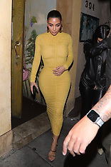 Kim Kardashian is spotted leaving dinner with sister Khloe Kardashian and Kris Jenner - 20 Feb 2020