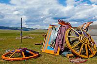 Mongolie, Ovorkhangai, vallee Orkhon, yourte demontee, transhumance // Mongolia, Ovorkhangai province, Okhon valley, nomad transhumance, yurt