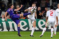"Riccardo MONTOLIVO Fiorentina, Steven GERRARD Liverpool<br /> Firenze 29/9/2009 Stadio ""Artemio Franchi""<br /> Fiorentina Liverpool<br /> Champions League 2009/2010<br /> Foto Andrea Staccioli Insidefoto"