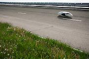 HPT Delft, een team van studenten van de TU Delft en de VU Amsterdam, trainen op de baan van de RDW voor de recordpoging ligfietsen.<br /> <br /> The HPT (Human Powered Team) is training at the test track in Lelystad for their attempt to break the world record Human Powered Vehicles.
