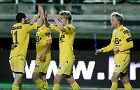 Fotball <br /> Tippeligaen<br /> Briskeby Gressbane <br /> 28.09.08<br /> HamKam  v Bodø/Glimt  2-2<br /> Foto: Dagfinn Limoseth, Digitalsport<br /> Mounir Hamoud , Birkir Bjarnason  og Jan-Derek Sørensen , Bodø/Glimt