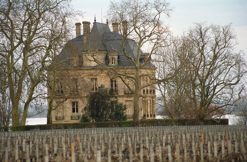 Vineyard. The chateau building. Chateau Latour, Pauillac, Medoc, Bordeaux, France
