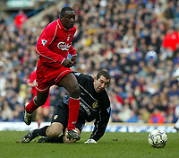 Fotball: Liverpool Emile Heskey rounds Leeds goalkeeper Nigel Martyn to score the second goal during the Premiership match at Elland Road, Leeds.<br />