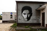 Tykocin, woj podlaskie, 15.09.2019. N/z mural z podobizna pisarza Franza Kafki fot Michal Kosc / AGENCJA WSCHOD