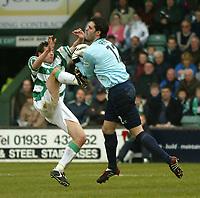 Fotball<br /> Photo. Andrew Unwin, Digitalsport<br /> NORWAY ONLY<br /> <br /> Yeovil v Cheltenham, Nationwide League Division Three, Huish Park, Yeovil 10/04/2004.<br /> Cheltenham's Shane Higgs (r) bravely takes the ball in front of Yeovil's Nicholas Crittenden (l).