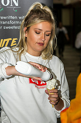 Pictured: Free ice cream is always a good way to gather a crowd<br /> <br /> Police Scotland today delivered student safety advice during freshers' weeks around the country as part of the Student Safety Campaign. Inspector David Happs was on hand in Edinburgh to speak to new students.<br /> <br /> Ger Harley: 1 September 2017