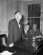 05/10/1954<br /> 10/05/1954<br /> 05 October 1954 <br /> Dublin Chamber of Commerce announcement of the new National loan at Dublin Chamber of Commerce, Dame Street, Dublin.