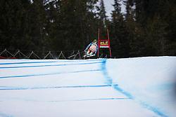 18.12.2013, Saslong, Groeden, ITA, FIS Ski Weltcup, Groeden, Abfahrt, Herren, 1. Traininglauf, im Bild // in action during mens 1st downhill practice of the Groeden FIS Ski Alpine World Cup at the Saslong Course in Gardena, Italy on 2012/12/18. EXPA Pictures © 2013, PhotoCredit: EXPA/ Johann Groder