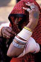 Inde - Rajasthan - Femme rajpute - Bracelet en ivoire - Bijoux