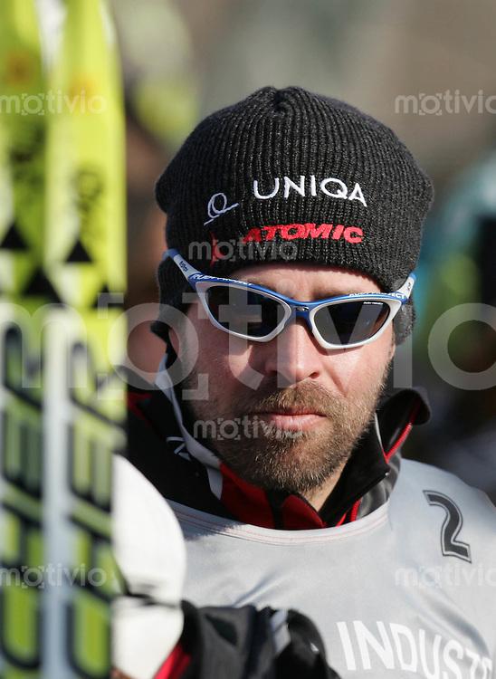 Sapporo , 250207 , Nordische Ski Weltmeisterschaft  Langlauf Doppel - Verfolgung Frauen ,  Trond NYSTAD (NOR)