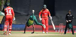 Cape Town-181006-South African fast bowler Kagiso Rabada bowling againbst Zimbabwean batsman in the 3rd ODI match at Boland Park cricket stadium. .Photographer:Phando Jikelo/African News Agency(ANA)