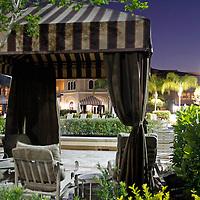 USA, Florida, Orlando. Poolside cabana at Rosen Shingle Creek Resort.