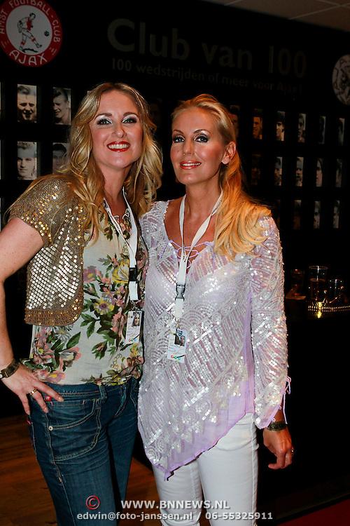 NLD/Amsterdam/20110528 - Toppers in Concert 2011, Danielle Mulder en Mandy Huydts