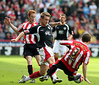 Photo: Mark Stephenson/Richard Lane Photography. <br /> Sheffield United v Cardiff City. Coca-Cola Championship. 19/04/2008. <br /> Bristol's David Noble attacks
