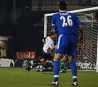 Photo. Daniel Hambury.Digitalsport<br /> Carling Cup.<br /> Fulham v Chelsea. 30/11/2004.<br /> Fulham's Brian McBride scores