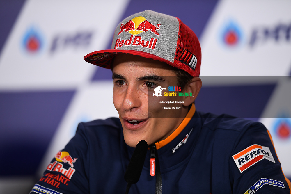 BURIRAM, THAILAND - OCTOBER 04: Marc Marquez (93) of Spain and Repsol Honda Team during the Pre-Event Riders Press Conference at the MotoGP PTT Thailand Grand Prix 2018, Chang International Circuit, Buriram, Thailand on October 04, 2018. <br /> .<br /> .<br /> .<br /> (Photo by: Naratip Golf Srisupab/SEALs Sports Images)<br /> .<br /> Any image use must include a mandatory credit line adjacent to the content which should read: Naratip Golf Srisupab/SEALs Sports Images