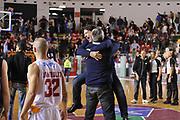 DESCRIZIONE : Roma LNP A2 2015-16 Acea Virtus Roma Assigeco Casalpusterlengo<br /> GIOCATORE : Alessandro Finelli<br /> CATEGORIA : esultanza coach esultanza post game<br /> SQUADRA : Assigeco Casalpusterlengo<br /> EVENTO : Campionato LNP A2 2015-2016<br /> GARA : Acea Virtus Roma Assigeco Casalpusterlengo<br /> DATA : 01/11/2015<br /> SPORT : Pallacanestro <br /> AUTORE : Agenzia Ciamillo-Castoria/G.Masi<br /> Galleria : LNP A2 2015-2016<br /> Fotonotizia : Roma LNP A2 2015-16 Acea Virtus Roma Assigeco Casalpusterlengo