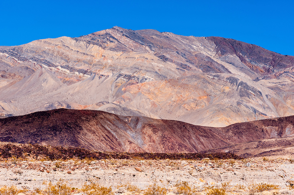 United States, California, Death Valley. Colourful mountain in the desert west of Stovepipe Wells.