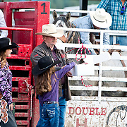 Cal Ruark and Darby Lil Miss Draw for the Gun at the Darby Broncs N Bulls event Sept 7th 2019.  Photo by Josh Homer/Burning Ember Photography.  Photo credit must be given on all uses.