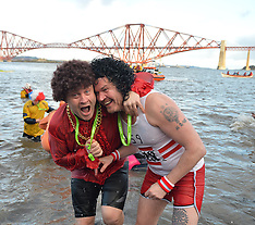 Loony Dook | South Queensferry | 1 January 2017