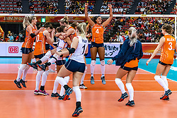15-10-2018 JPN: World Championship Volleyball Women day 16, Nagoya<br /> Netherlands - USA 3-2 / Laura Dijkema #14 of Netherlands, Lonneke Sloetjes #10 of Netherlands, Myrthe Schoot #9 of Netherlands, Maret Balkestein-Grothues #6 of Netherlands, Celeste Plak #4 of Netherlands