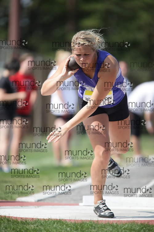 Ottawa, Ontario ---10-08-07--- Johnston competes in the shot put at the 2010 Royal Canadian Legion Youth Track and Field Championships in Ottawa, Ontario August 7, 2010..JULIE ROBINS/Mundo Sport Images.