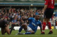 Fotball<br /> Premier League England 2004/2005<br /> 18.12.2004<br /> Foto: SBI/Digitalsport<br /> NORWAY ONLY<br /> <br /> Birmingham City v West Bromwich Albion<br /> Barclays Premiership. 18/12/2004<br /> <br /> Birmingham City's Clinton Morrison (C) reacts in delight after scoring his side's second goal.