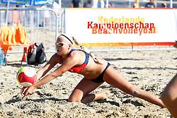 20150828 NED: NK Beachvolleybal 2015, Scheveningen<br />Kwalificaties NK Beachvolleybal 2015, Raisa Schoon