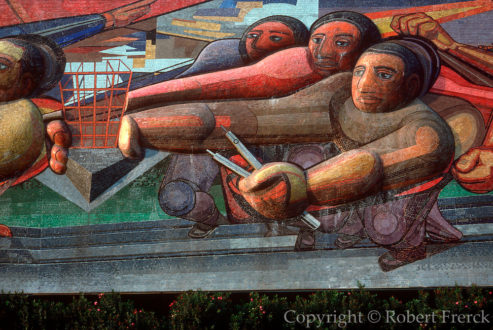 MEXICO, MEXICO CITY, EDUCATION National University of Mexico; UNAM, the Administration Building with murals by the famous artist Siqueiros