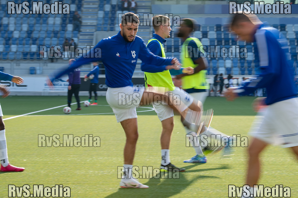LAUSANNE, SWITZERLAND - SEPTEMBER 22: Hicham Mahou #20 of FC Lausanne-Sport in action during warm-up prior to the Swiss Super League match between FC Lausanne-Sport and BSC Young Boys at Stade de la Tuiliere on September 22, 2021 in Lausanne, Switzerland. (Photo by Basile Barbey/RvS.Media/)