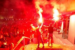 13.07.2014, Stuttgart, GER, FIFA WM, Weltmeisterfeier in Deutschland, Finale, im Bild Deutsche Fans feiern den Gewinn der Fussball Weltmeisterschaft auf dem Schlossplatz // Celebrations of Germany after the Final match between Germany and Argentina of the FIFA Worldcup Brazil 2014 at the Stuttgart, Germany on 2014/07/13. EXPA Pictures © 2014, PhotoCredit: EXPA/ Eibner-Pressefoto/ Maurer<br /> <br /> *****ATTENTION - OUT of GER*****