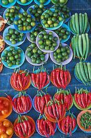 Malaisie, Kuala Lumpur, etale de marche // Malaysia, Kuala Lumpur, vegetable market