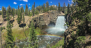 Rainbow Falls, Devils Postpile National Monument, Inyo National Forest, California, USA