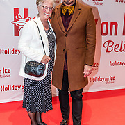 NLD/Utrecht//20170323 - Première 'Believe' van Holiday On Ice, Maik de Boer en zijn moeder