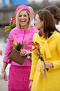 Koninginnedag 2008 / Queensday 2008. <br /> <br /> Koningin Beatrix viert Koninginnedag dit jaar in Friesland. De vorstin en haar familie bezochten op 30 april Makkum en Franeker.<br /> <br /> Queen Beatrix celebrates Queensday this year in Friesland (the Nothren provice in Holland). The Queen and its family visited Makkum and Franeker on 30 April.<br /> <br /> Op de foto/ On the Photo:<br /> <br /> <br /> Princes Maxima and Princes Aimée