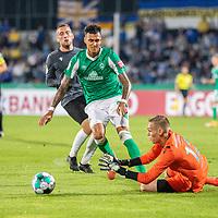 12.09.2020, Ernst-Abbe-Sportfeld, Jena, GER, DFB-Pokal, 1. Runde, FC Carl Zeiss Jena vs SV Werder Bremen<br /> <br /> Davie Selke  (SV Werder Bremen #09)<br /> Lukas Sedlak (Carl Zeiss Jena #12)<br /> <br /> <br /> <br />  <br /> <br /> <br /> Foto © nordphoto / Kokenge