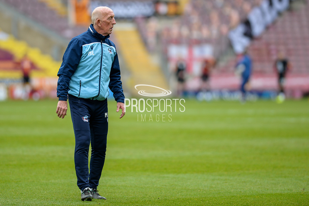 Scunthorpe United Assistant Manager Mark Lillis, full length portrait during the EFL Sky Bet League 2 match between Bradford City and Scunthorpe United at the Utilita Energy Stadium, Bradford, England on 1 May 2021.