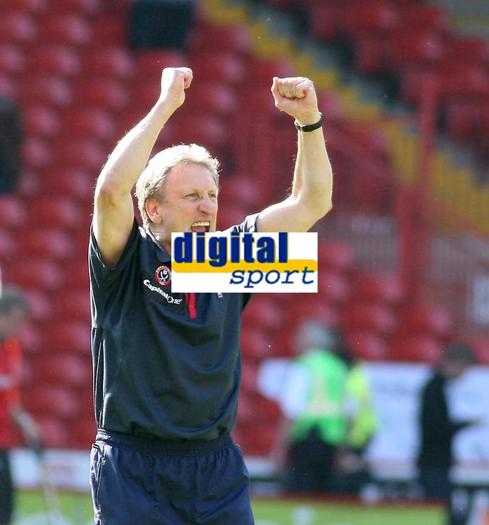 Photo: Mark Stephenson.<br /> Sheffield United v Watford. The Barclays Premiership. 28/04/2007.Sheffield's Neil Warnock celebrates there win over Watford