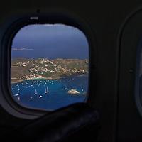 St Barth vu depuis l'avion avant l'atterissage