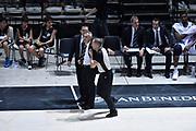 DESCRIZIONE : Bologna Lega A 2015-16 Obiettivo Lavoro Virtus Bologna - Umana Reyer Venezia<br /> GIOCATORE : Arbitro Giorgio Valli <br /> CATEGORIA : Arbitro Referee Fair Plauy Delusione<br /> SQUADRA : Obiettivo Lavoro Virtus Bologna<br /> EVENTO : Campionato Lega A 2015-2016<br /> GARA : Obiettivo Lavoro Virtus Bologna - Umana Reyer Venezia<br /> DATA : 04/10/2015<br /> SPORT : Pallacanestro<br /> AUTORE : Agenzia Ciamillo-Castoria/GiulioCiamillo<br /> <br /> Galleria : Lega Basket A 2015-2016 <br /> Fotonotizia: Bologna Lega A 2015-16 Obiettivo Lavoro Virtus Bologna - Umana Reyer Venezia