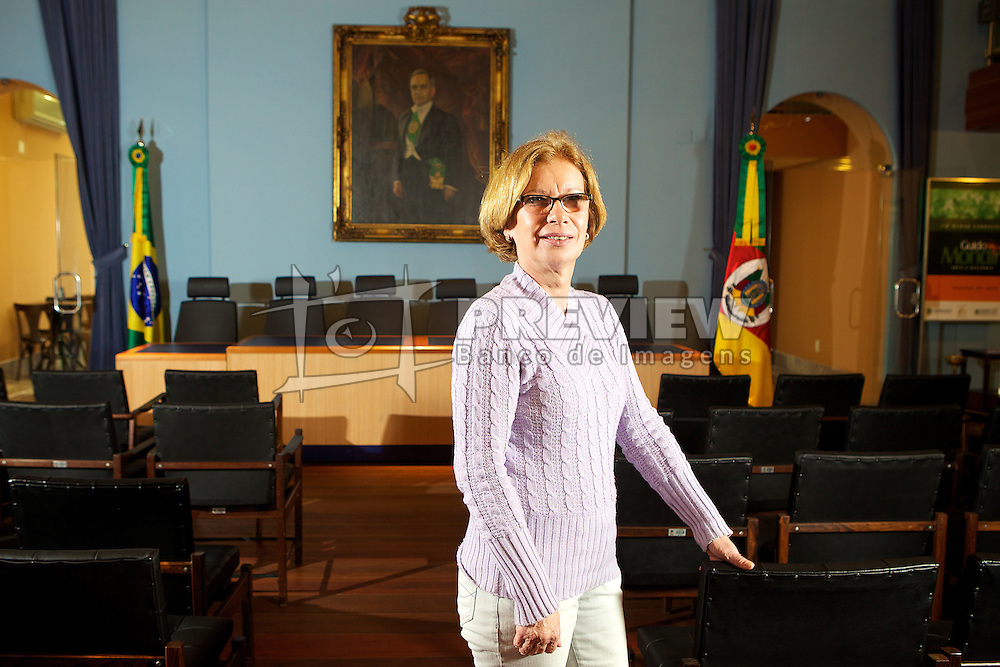 Maria Regina Barnasque, coordenadora do Memorial do Legislativo na Assembléia do RS. FOTO: Jefferson Bernardes/Preview.com