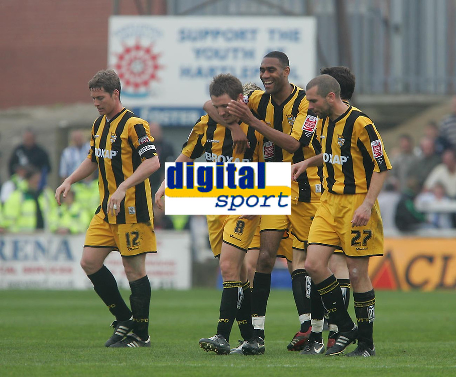 Photo: Andrew Unwin.<br />Hartlepool United v Port Vale. Coca Cola League 1. 06/05/2006.<br />Port Vale celebrate scoring their first goal.
