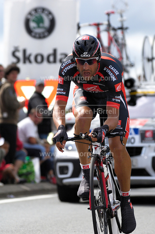 France - Tuesday, Jul 08 2008:  Oscar Pereiro Sio (Spa) Caisse d'Epargne finished in 18th place on stage 4, 1' 28'' down on the winner Stefan Schumacher. The stage was a 29.5km time trial starting and ending in Cholet.    (Photo by Peter Horrell / http://www.peterhorrell.com)