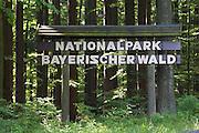 Schild Nationalpark Bayerischer Wald, Bayerischer Wald, Bayern, Deutschland |national park sign, Bavarian Forest, Bavaria, Germany