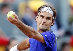 04-05-2010 TENNIS: ATP MADRID OPEN: MADRID<br /> Roger Federer<br /> ©2010- FotoHoogendoorn.nl/ nph / Alvaro Hernandez